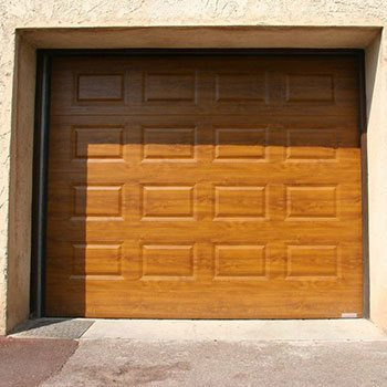Installation isolation porte de garage et portails carros for Installation porte de garage nice